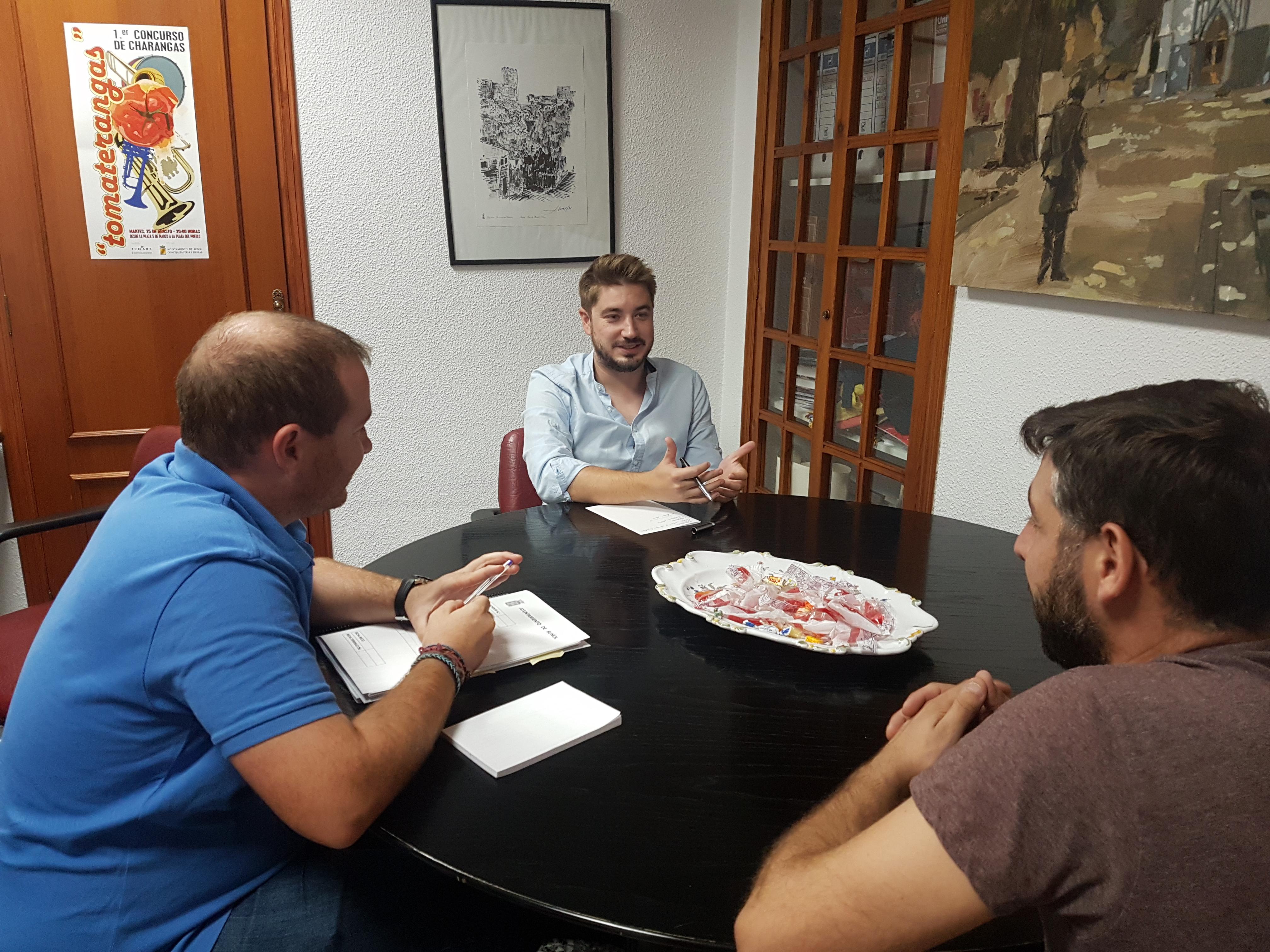 Reunión mantenida entre responsables municipales de Buñol y de la conselleria.