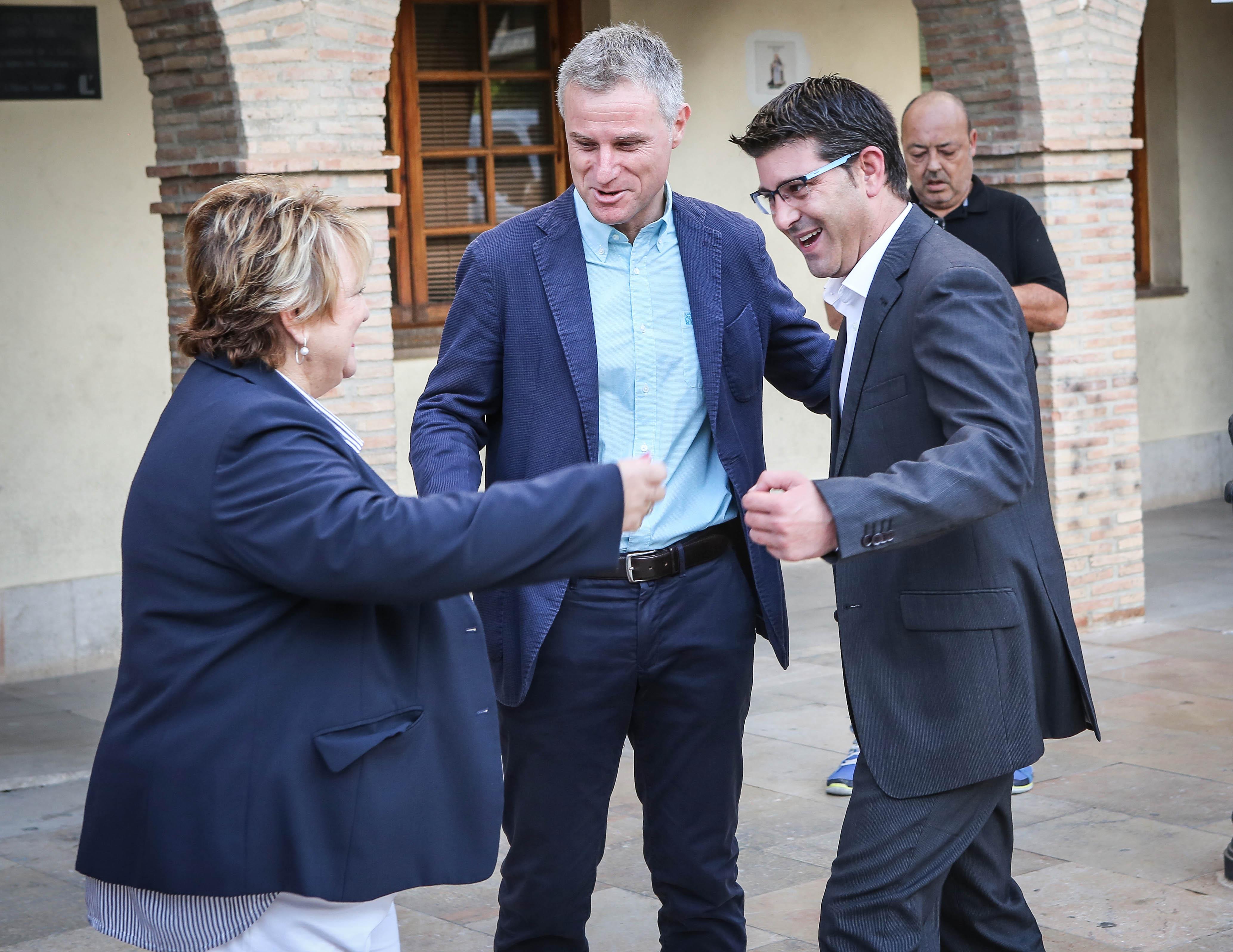El municipio recibe una subvención de 70.000 euros de la institución provincial para desarrollar el Servei Sitred, que gestiona de manera inteligente el espacio público para aparcar vehículos motorizados.