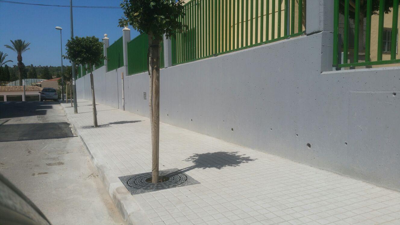 L'Ajuntament de Turís ha reasfaltat en les últimes setmanes diverses carrers del nucli urbà que presentaven un paviment molt deteriorat.