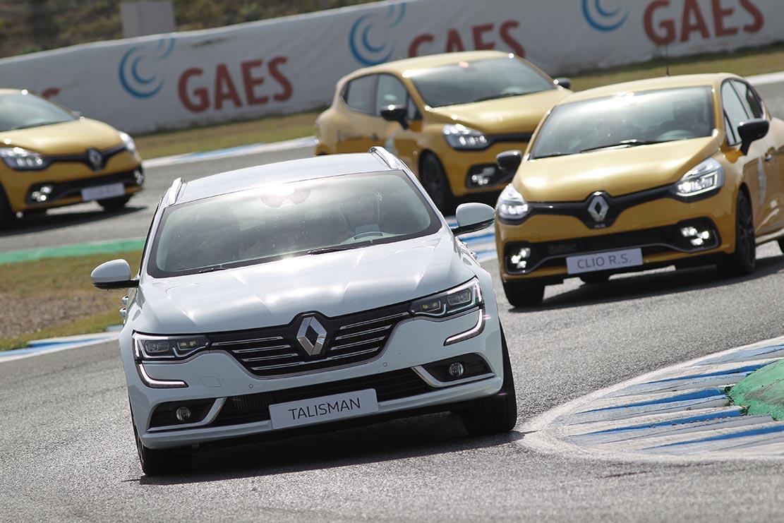 La Renault Passion Experience s'ha celebrat ja en circuits com el de Jerez o el de Navarra.