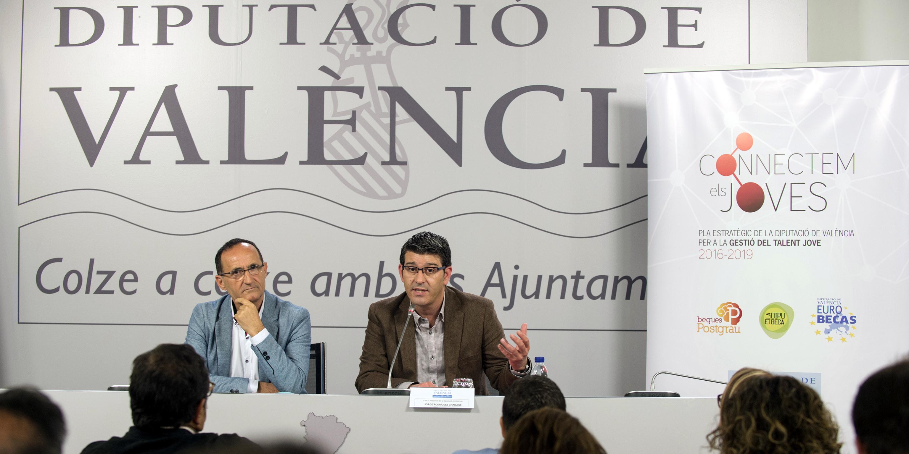 Presentación del Plan Gestió de Talent Jove a cargo de Bartolomé Nofuentes y Jorge Rodríguez.