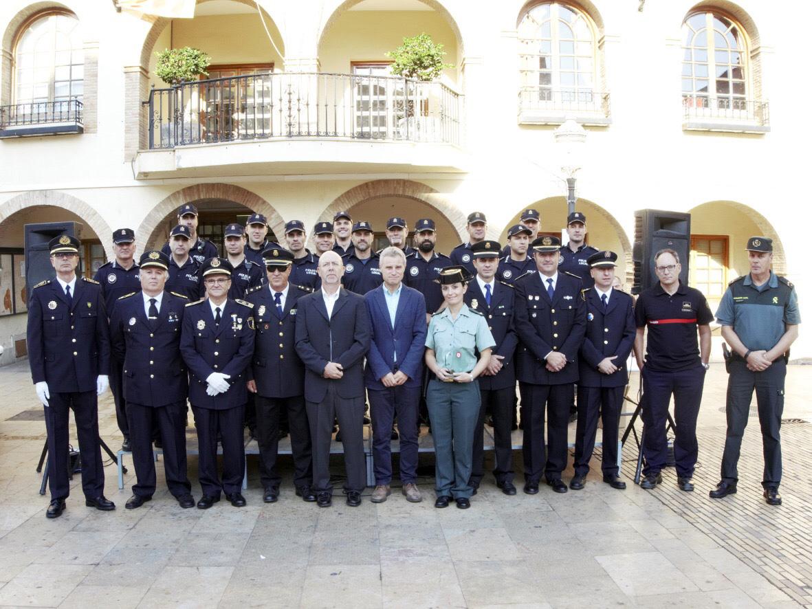 L'alcalde de l'Eliana, Salva Torrent, ha obert l'acte amb unes paraules d'agraïment al cos de la Policia Local.