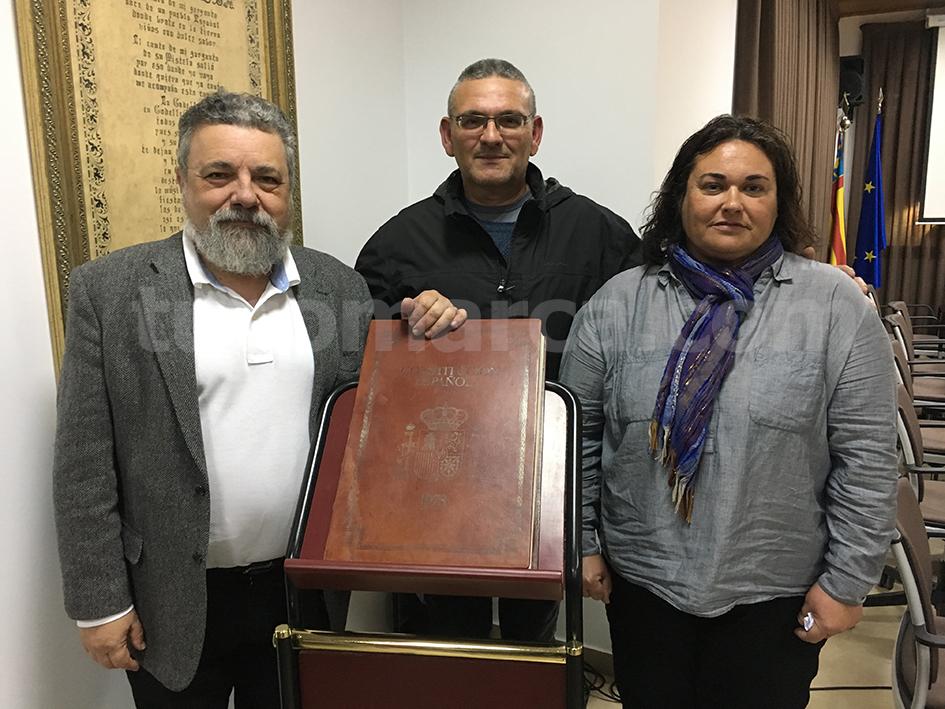 Los concejales que forman parte del grupo Esquerrra Unica-PUG en el Ayuntamiento de Godelleta: Pablo Rodríguez, José María García y Paqui.