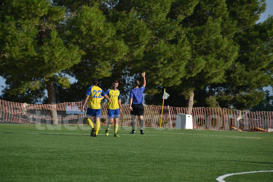 El CD Cheste ha caído derrotado por un abultado 0 a 4 frente al Chiva CF. CD Cheste. Foto: Raúl Miralles.