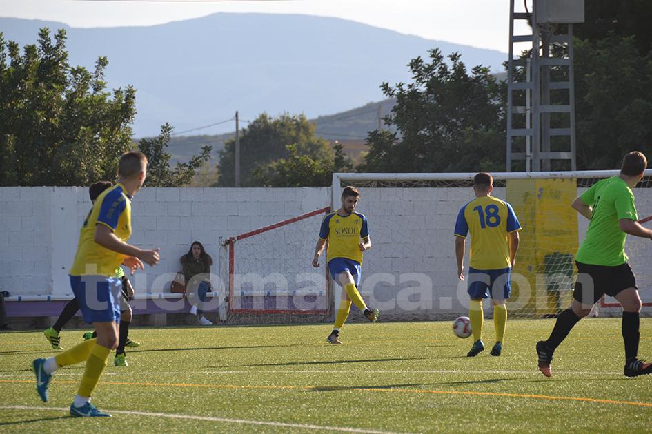 El CD Cheste ha logrado una contundente victoria frente al Paterna. Foto: Raúl Miralles.