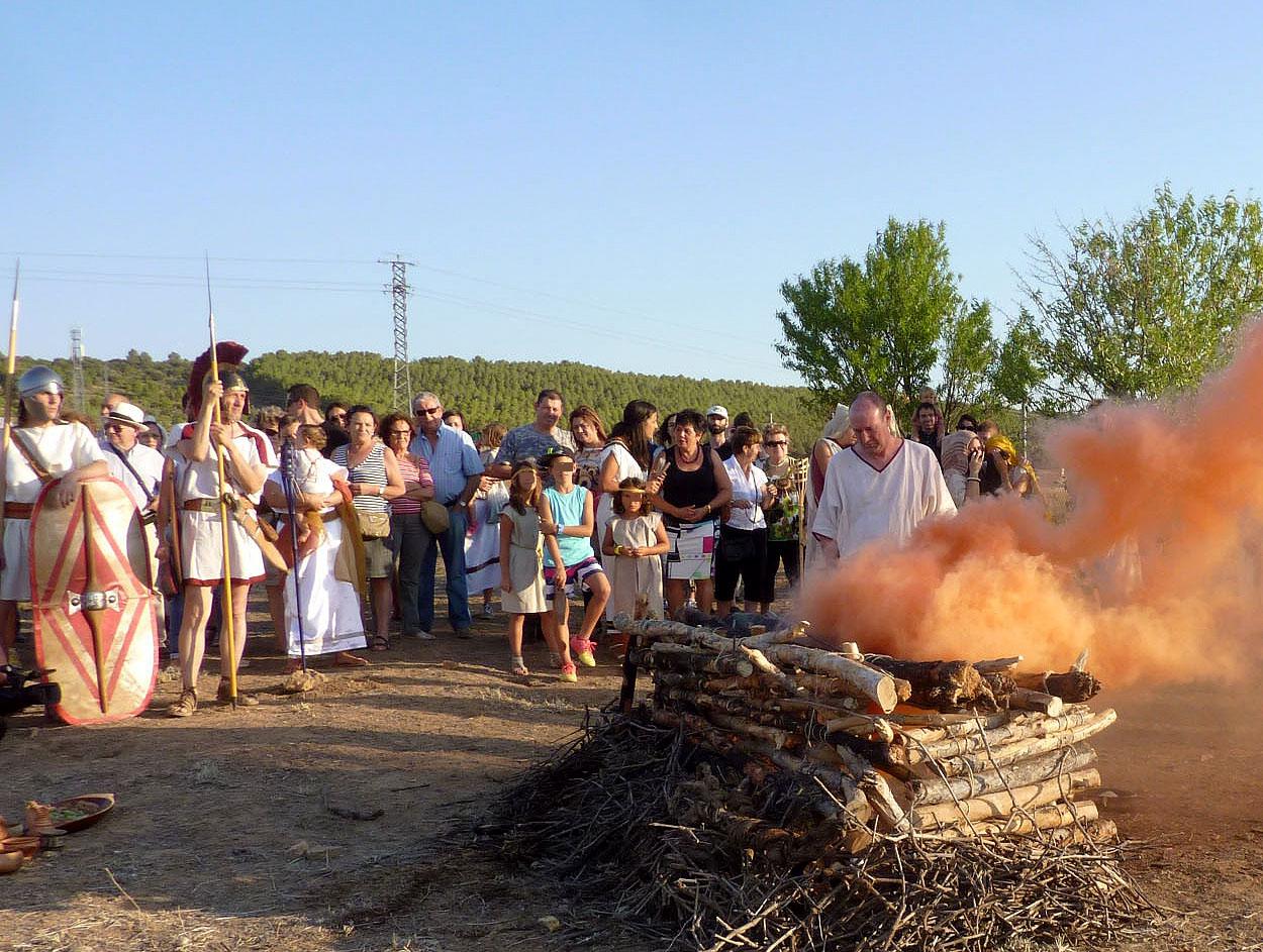 El Museu de Prehistòria de València colabora con el Ayuntamiento de Caudete de las Fuentes y la Universitat de València en las XIII Jornadas de puertas abiertas al yacimiento arqueológico que se celebran este fin de semana.