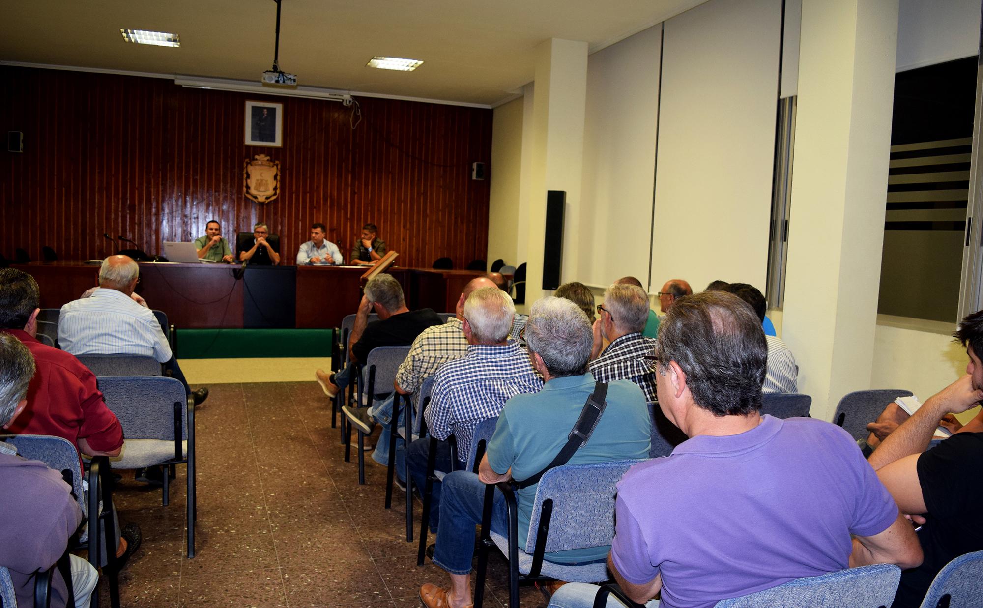 Segons les dades de la Policia Local, en la passada campanya els robatoris als camps de Vilamarxant van disminuir un 44,8%.