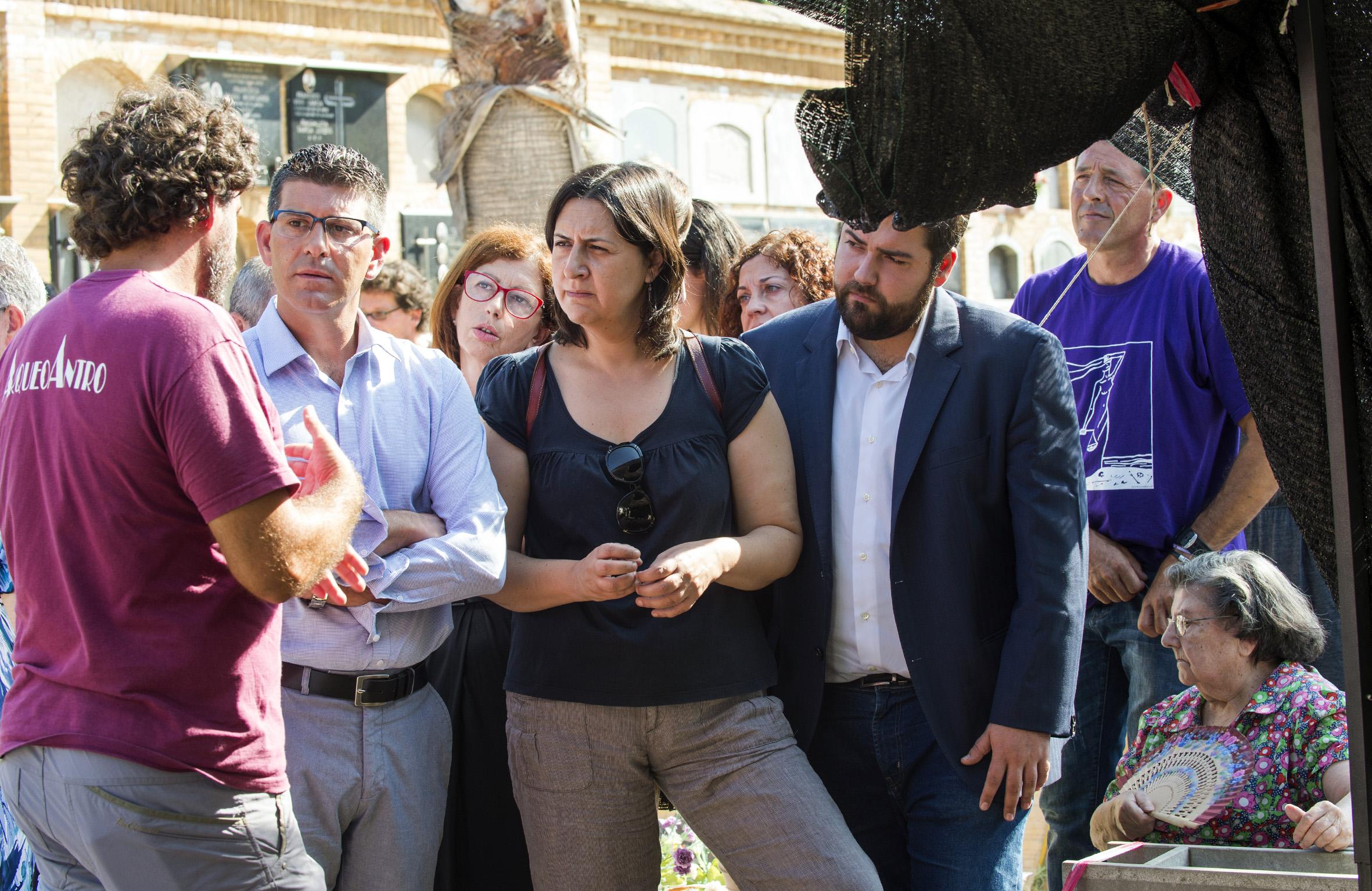 El presidente de la Diputació, Jorge Rodríguez, y la diputada de Memoria Histórica, Rosa Pérez Garijo.
