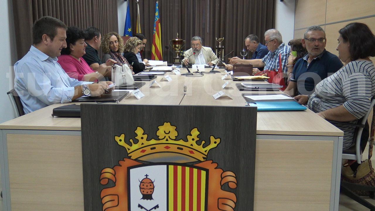 Sesión plenaria del Ayuntamiento de Godelleta durante el anuncio realizado por Pablo Rodríguez.
