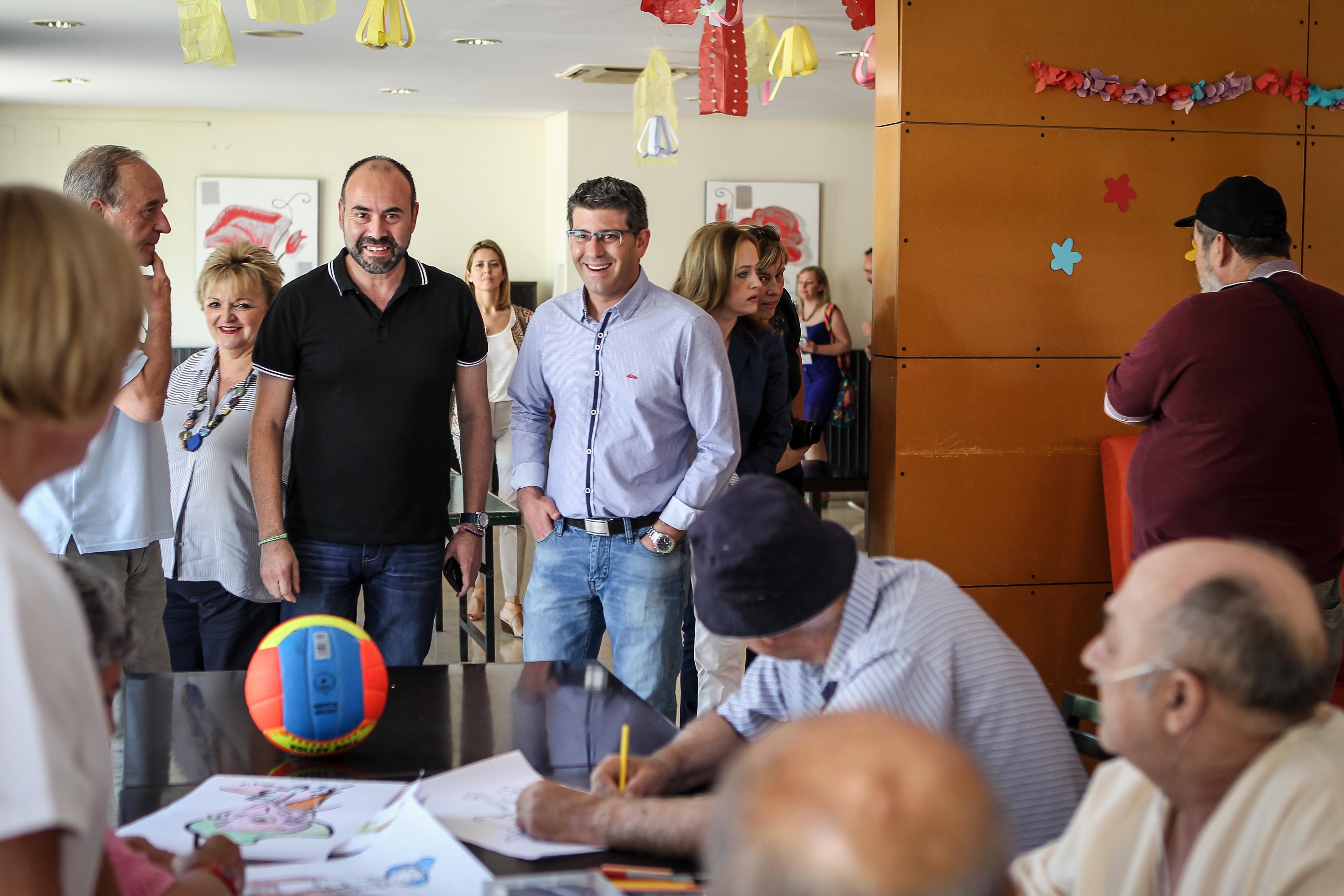 El presidente de la Diputación de Valencia, Jorge Rodríguez durante una visita a las instalaciones.