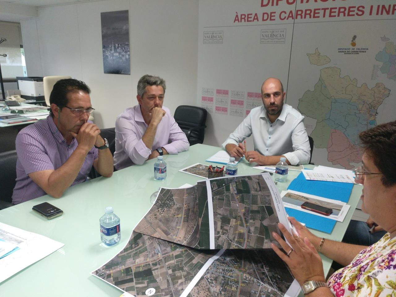 Nuevos pasos de la Diputación de Valencia y el Ayuntamiento de La Pobla de Vallbona hacia una vía ciclopeatonal que una el municipio y L'Eliana en paralelo a la CV-375.