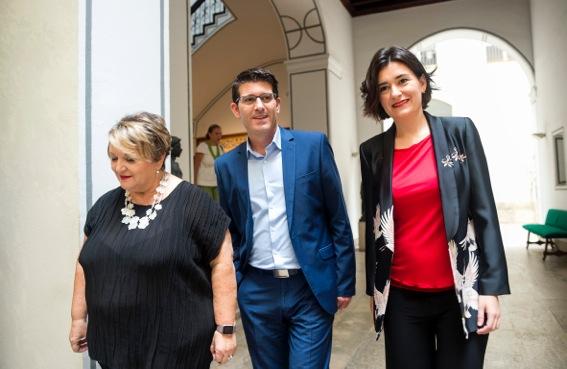 Mercedes Berenguer junto a Jorge Rodriguez y Carmen Montón.