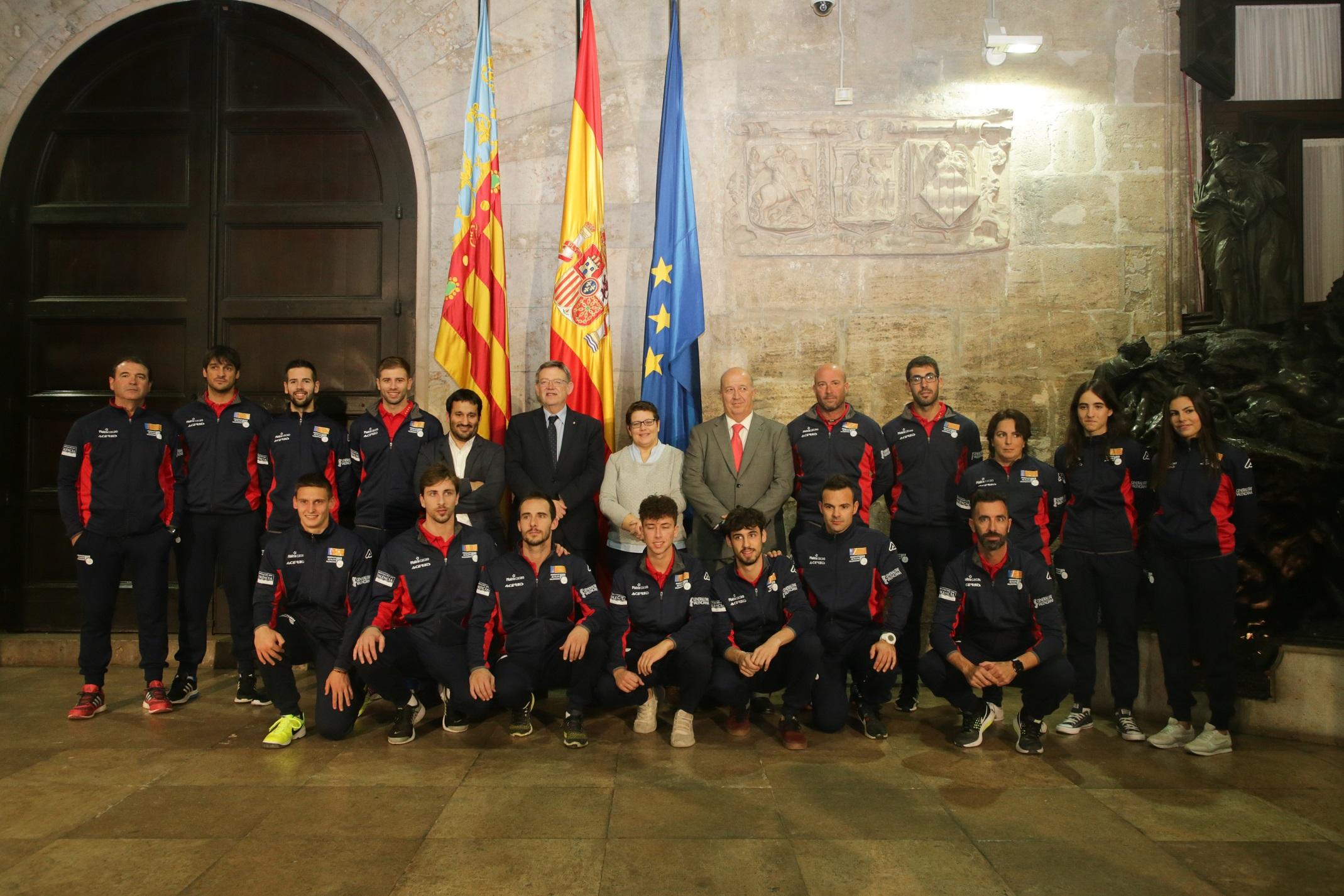 Un moment de la recepció a càrrec del president de la Generalitat, Ximo Puig.