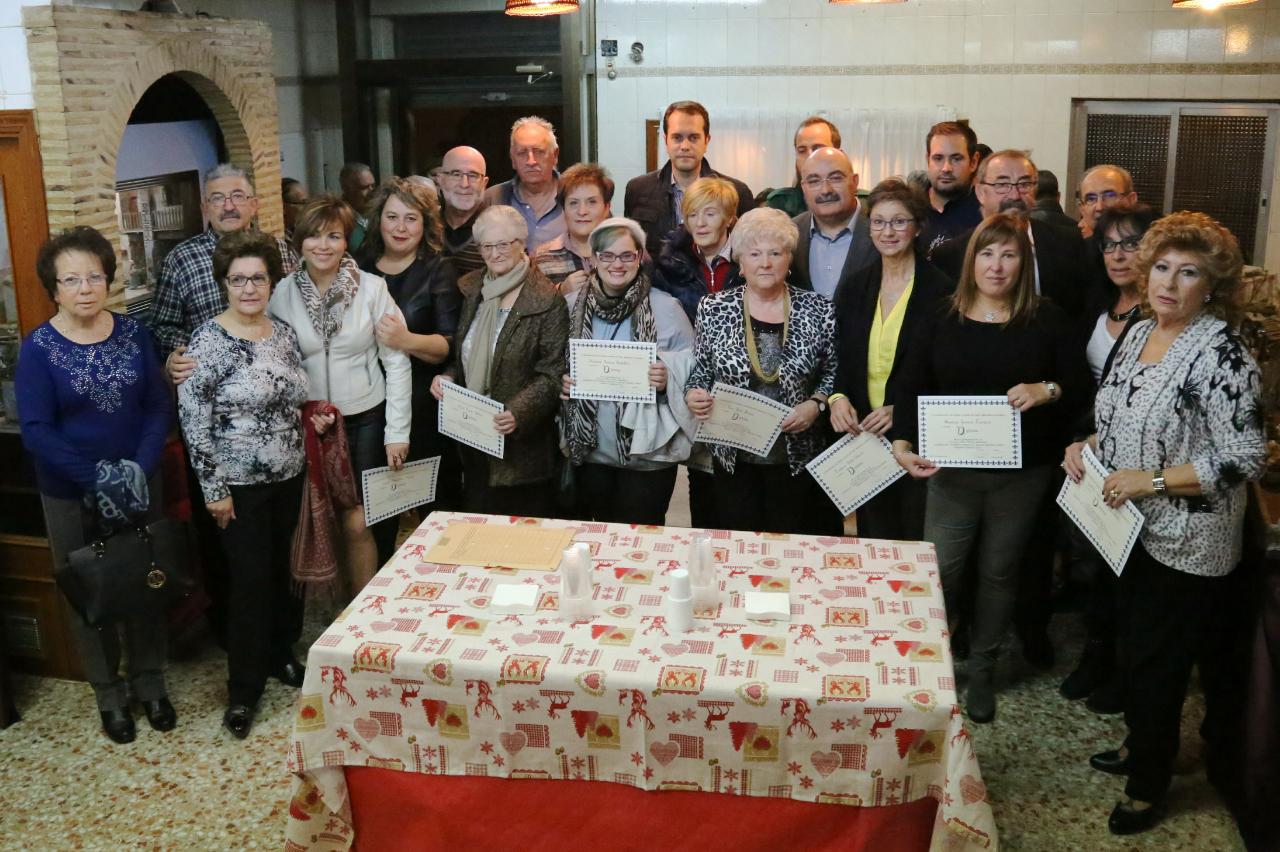 El pasado viernes 24 de noviembre se inauguró la IV exposición del taller la Asociación Belenista de Cheste, que permanecerá abierta al público en su local ubicado en la calle Jesús, de lunes a viernes, de 18 a 20 horas y los sábados y domingos, en horario de 12 a 14 y de 18 a 20 horas, hasta el 8 de diciembre.