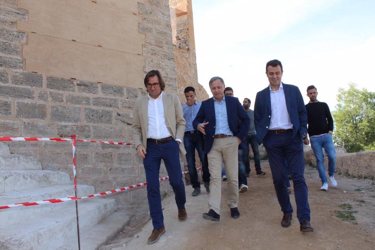 El Estado ha invertido hasta la fecha cerca de medio millón de euros en las diferentes fases de rehabilitación del Castillo de Ayora.