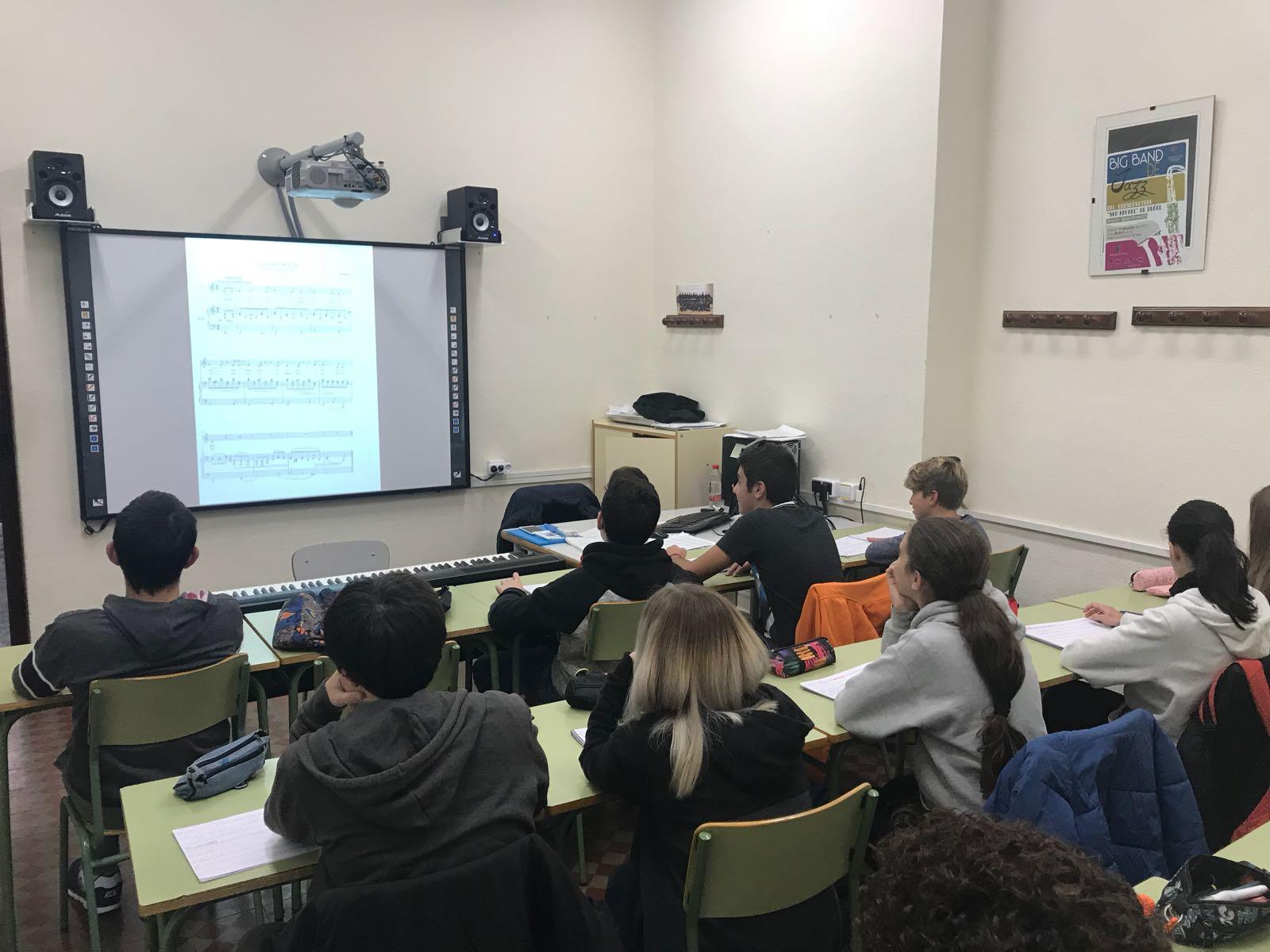 El Conservatorio de Música San Rafael de Buñol implanta un nuevo sistema comunicativo entre profesor y alumno.