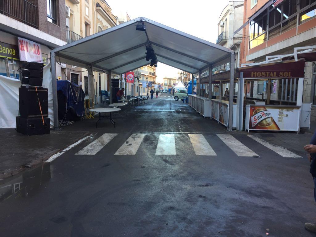 Continúan las tareas de limpieza tras el GP de Motociclismo.