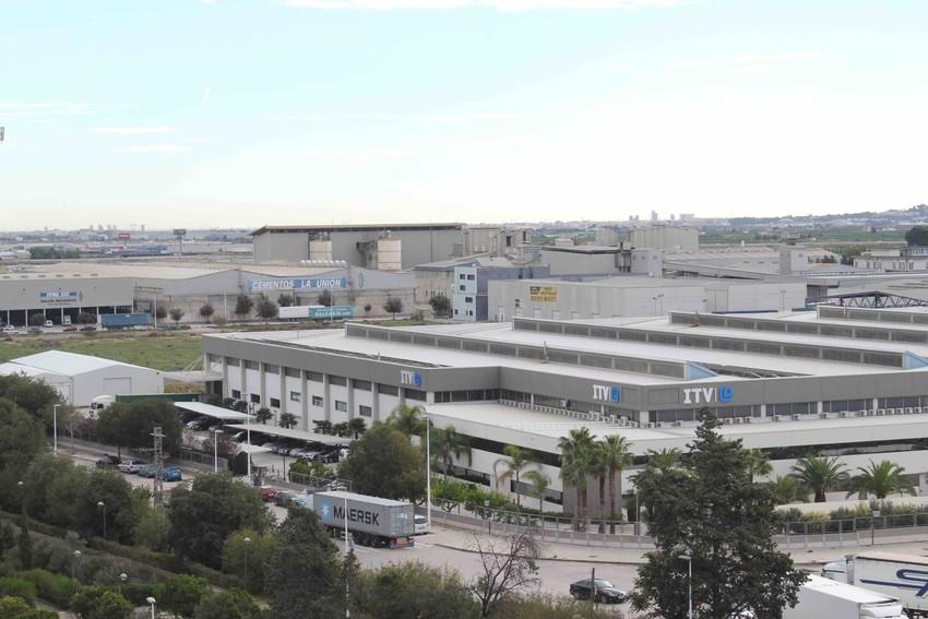 El pleno del Ayuntamiento de Riba-roja de Túria ha aprobado una reducción sustancial de hasta un 11% en el impuesto de bienes inmuebles (IBI) de la localidad.