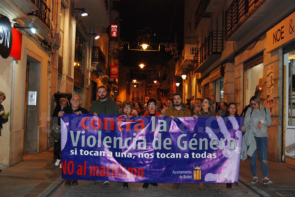 Marcha en contra de la Violencia de Género y homenaje a las mujeres asesinadas durante este año.