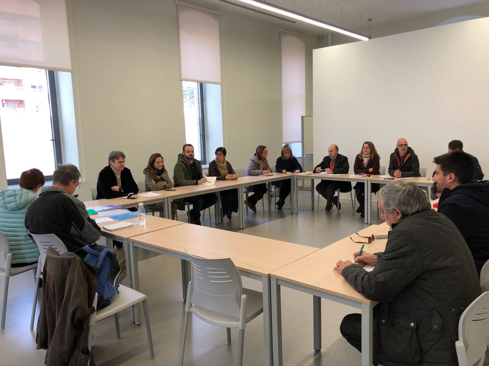 Reunión mantenida entre representantes de los Ayuntamientos de La Hoya, Aire Limpio y la Conselleria de Medio Ambiente.