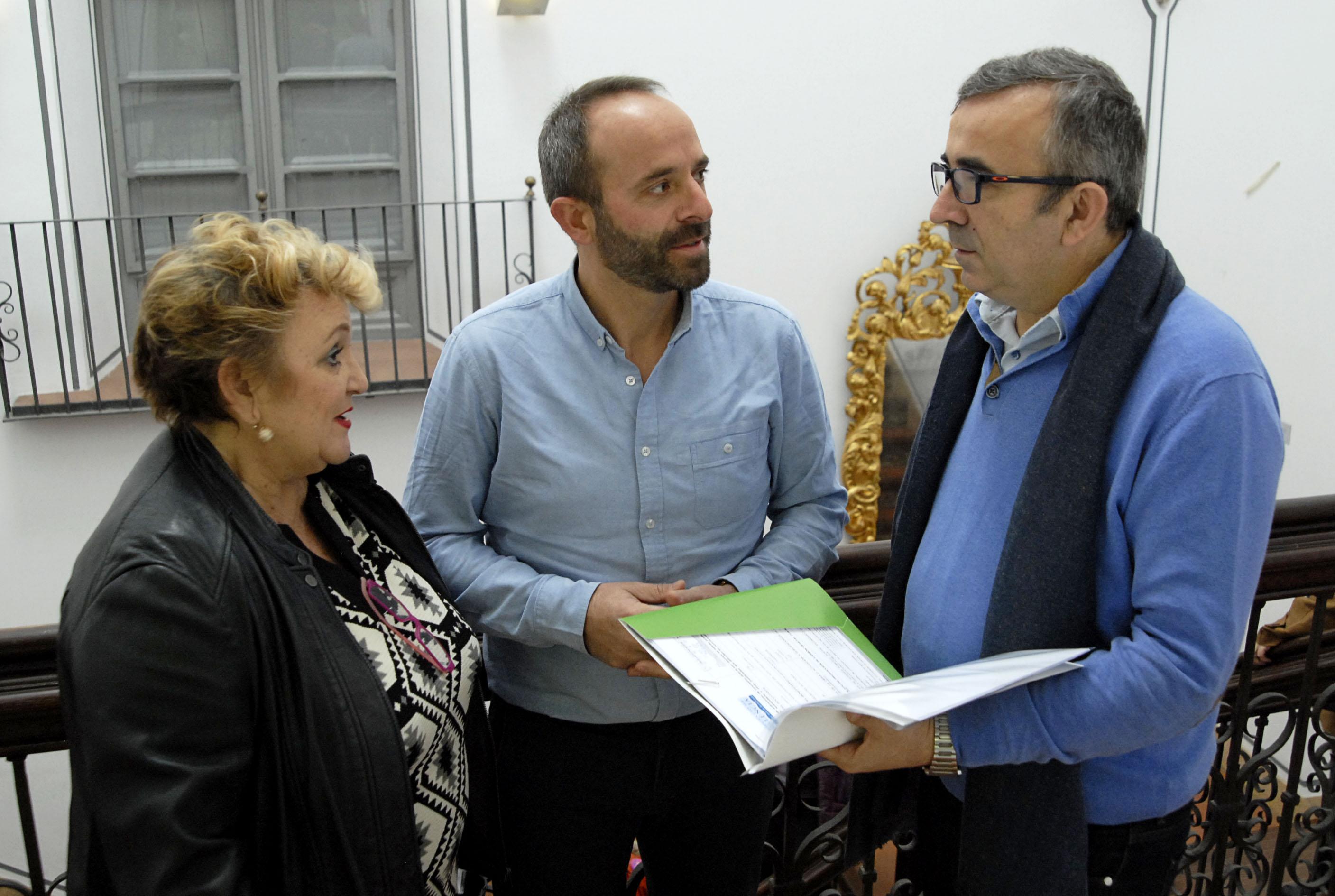El diputado de Mancomunidades y Comarcalización, Voro Femenia, ha mantenido una reunión con el presidente del ente, Ramiro Rivera.