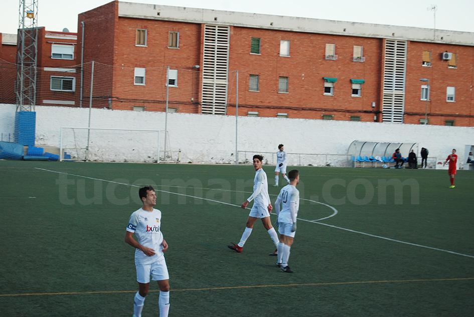 El CD Buñol no ha podido superar el buen juego del Crevillente. Foto: Raúl Ferrer.