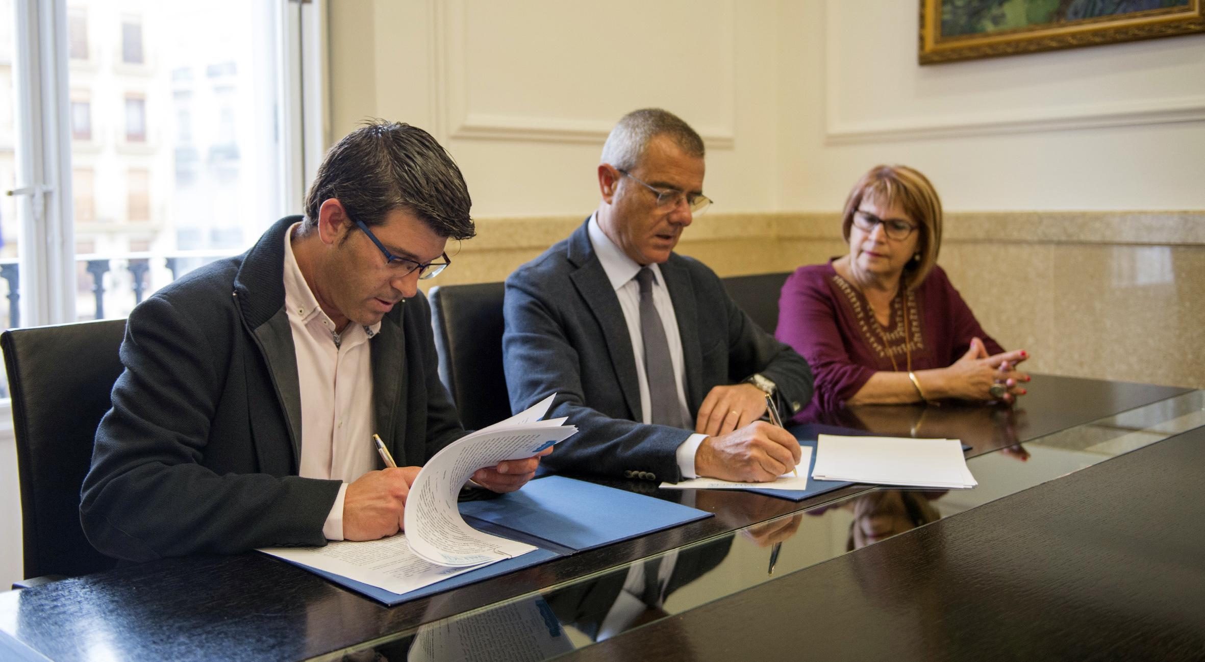 Diputació y los colegios de abogados duplican la atención a afectados por conflictos hipotecarios y familiares.