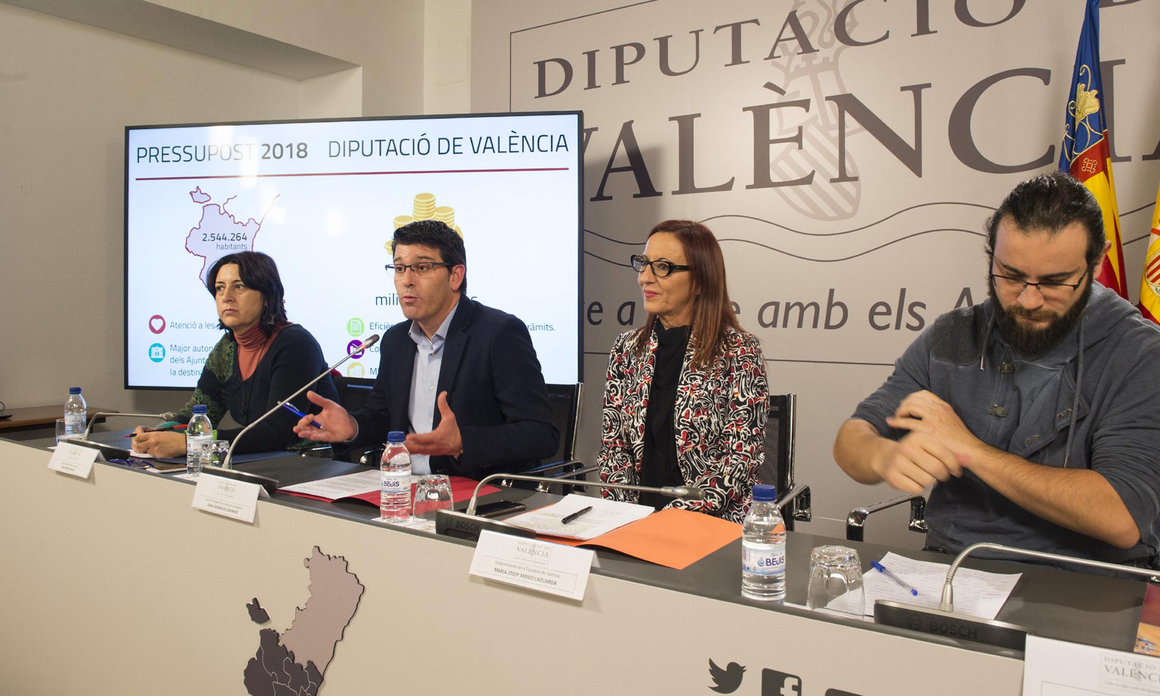 De izquierda a derecha: Rosa Pérez Garijo, Jorge Rodríguez, Mª Josep Amigó y Roberto Jaramillo.