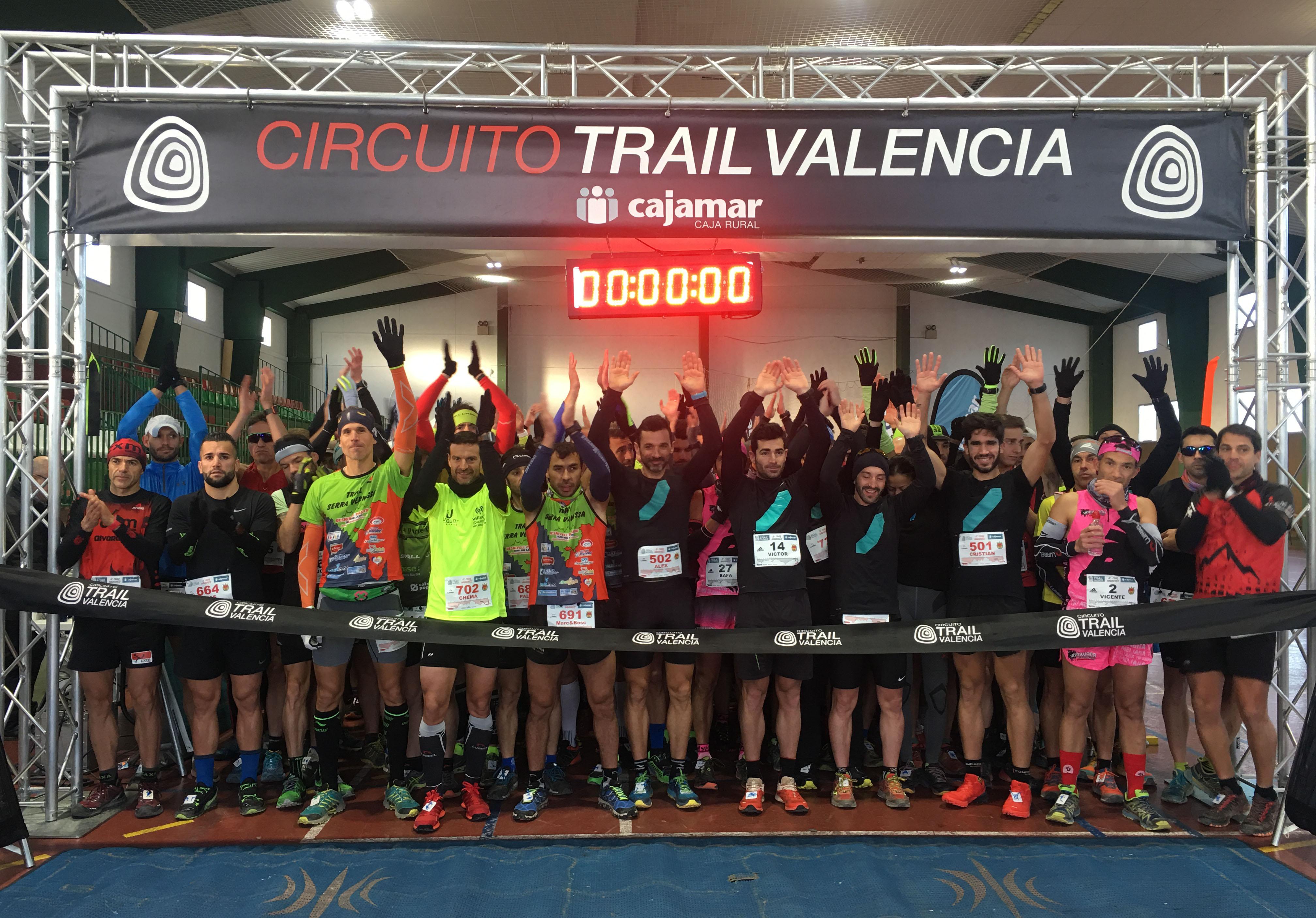Más de 450 participantes tomaron la salida de la tercera prueba puntuable del Circuito Trail Valencia-Cajamar.