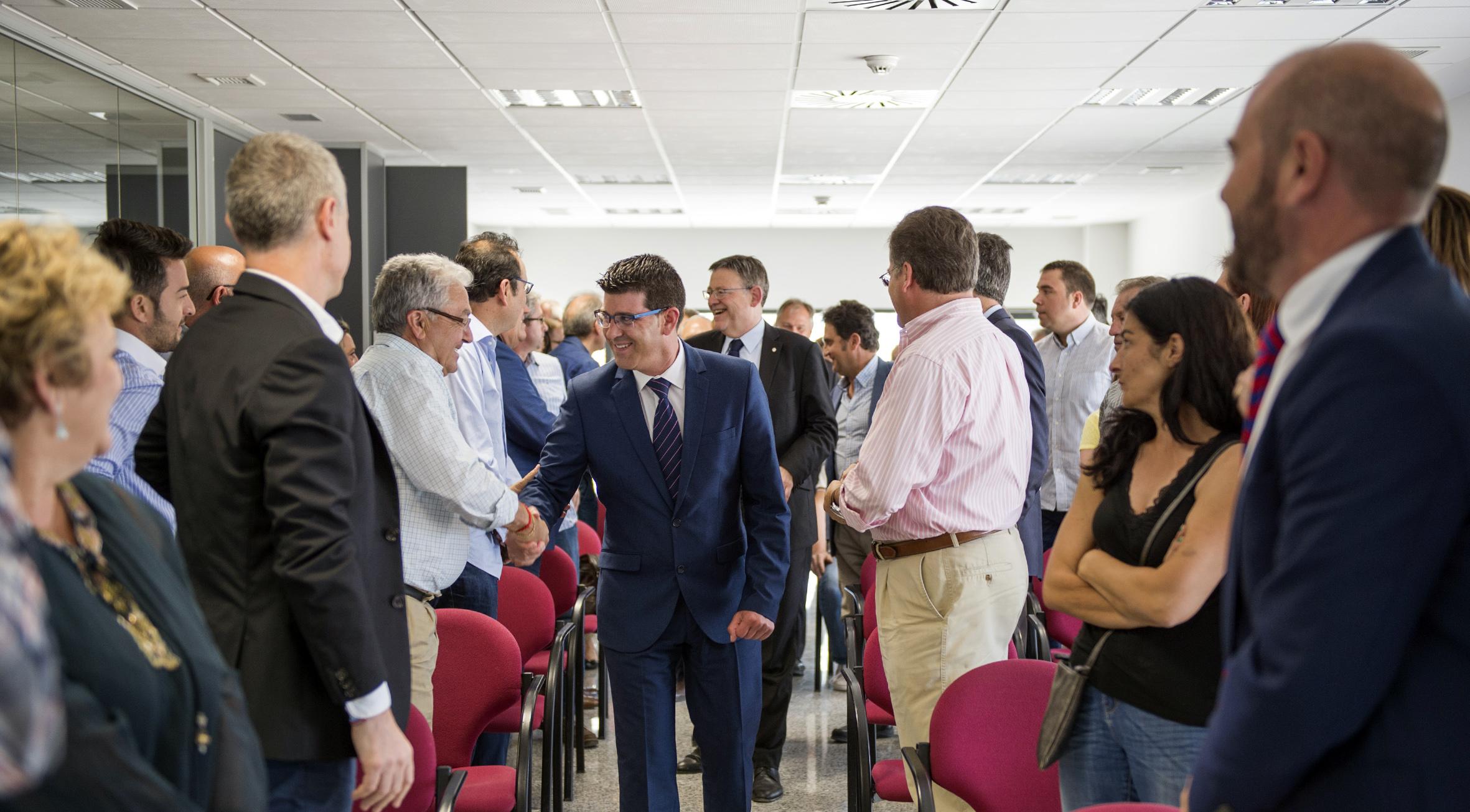El president Jorge Rodríguez en una de sus visitas a Llíria.