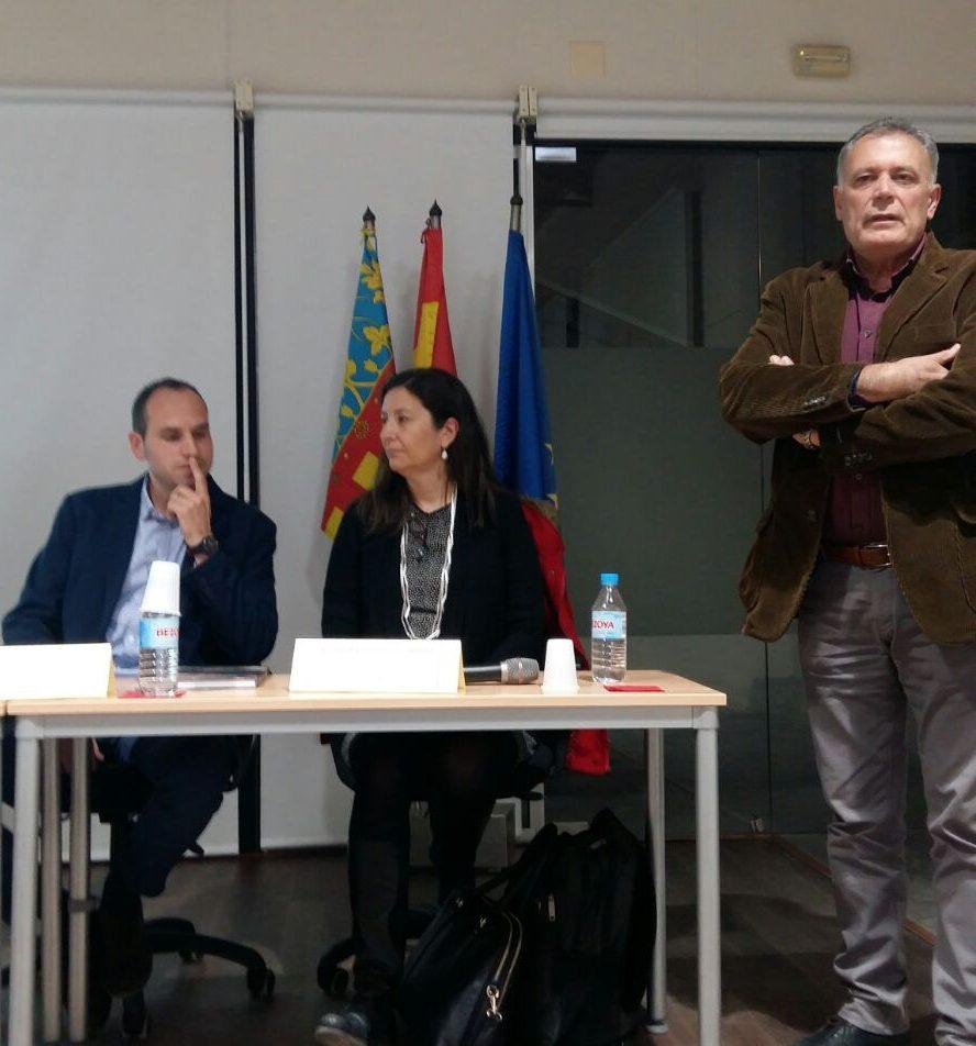 Presentación a cargo de los responsables de la Universitat y del concejal Emilio García.