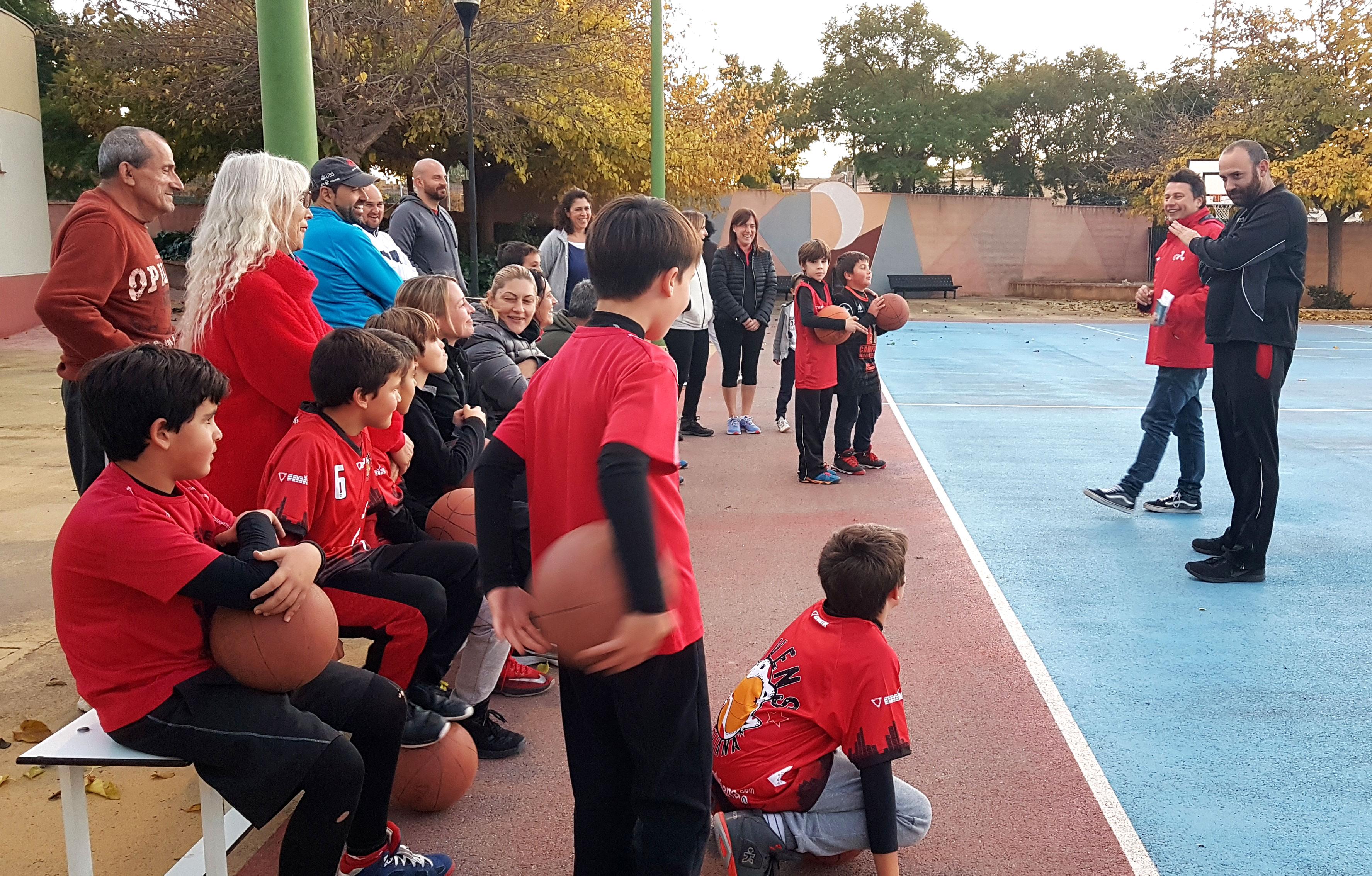 La primera de les Escoles Esportives Municipals a participar ha sigut la de futbol 8, a la qual li seguirà l'escola de basket.
