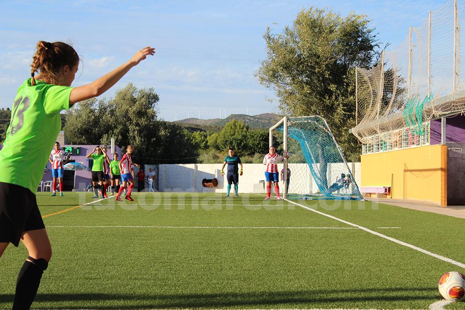 La UD Yátova femenino espera volver a contar sus partidos por victorias tras la reanudación de la liga. Foto: Raúl Miralles.