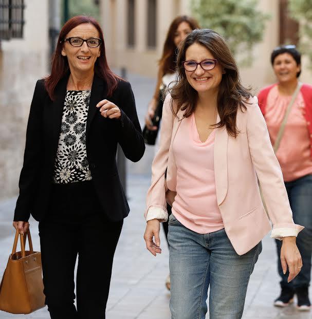 La Vicepresidenta de la Diputació, Maria Josep Amigó, y la Vicepesidenta del Consell, Mónica Oltra.