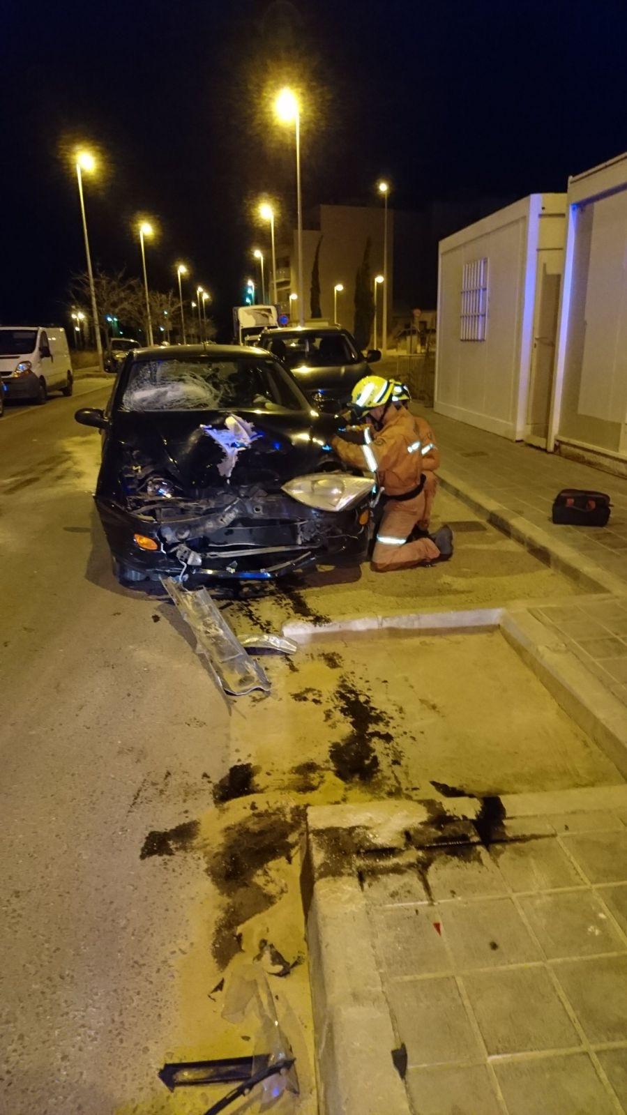 Una imagen del accidente ocurrido en Llíria facilitada por el Consorcio Provincial de Bomberos.