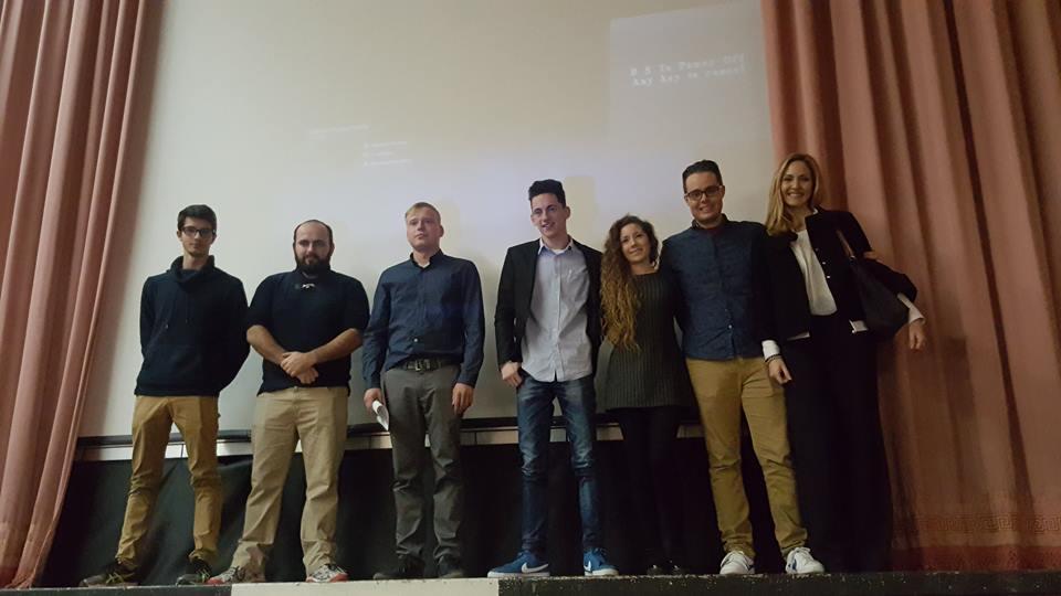 """Está previsto que """"Cena Familiar"""" se proyecte los próximos 26, 27 y 28 de enero en los cines Aragón y Albatexas de Valencia."""