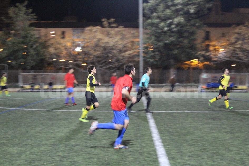 El Atlético Macastre a punto ha estado de dar la sorpresa ante el Serranos. Foto: Raúl Miralles Lacalle.