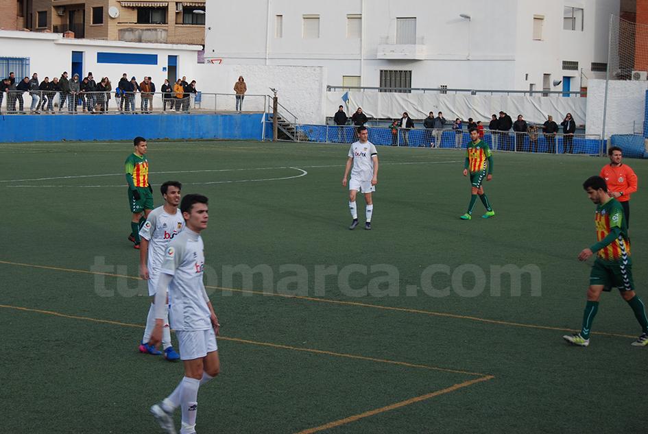 El CD Buñol ha caído derrotado por 2 goles a 0 contra el líder, el Atlético Levante. Foto: Raúl Miralles Lacalle.