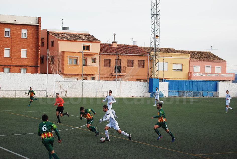 El CD Buñol ha caído derrotado por dos goles a cero en su feudo del Beltrán Báguena. Foto: Raúl Ferrer.