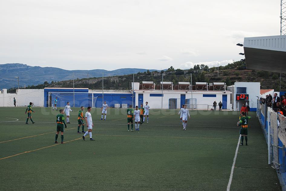 El CD Buñol recibe en su feudo al Torre Levante con la intención de sumar y evitar caer en puestos de descenso. Foto: Raúl Ferrer.
