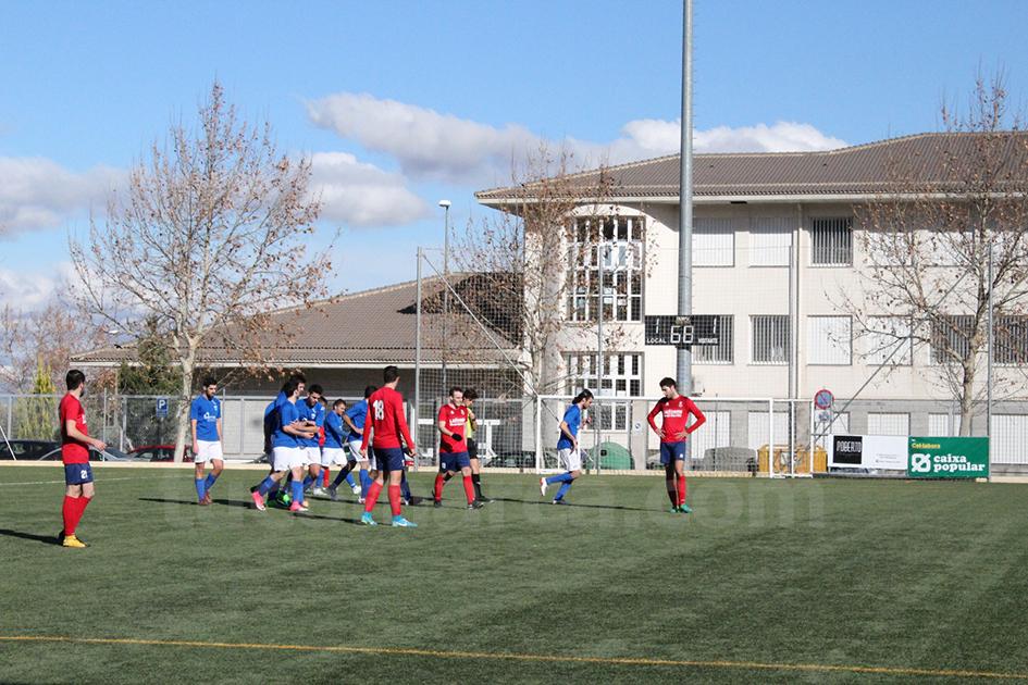 El Chiva CF y el CD Turís han firmado un empate este domingo en el campo de La Murta. Foto: Raúl Miralles Lacalle.