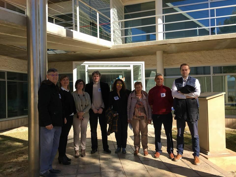 Visita de autoridades locales de La Hoya junto a miembros de la Plataforma Pro Hospital Comarcal.