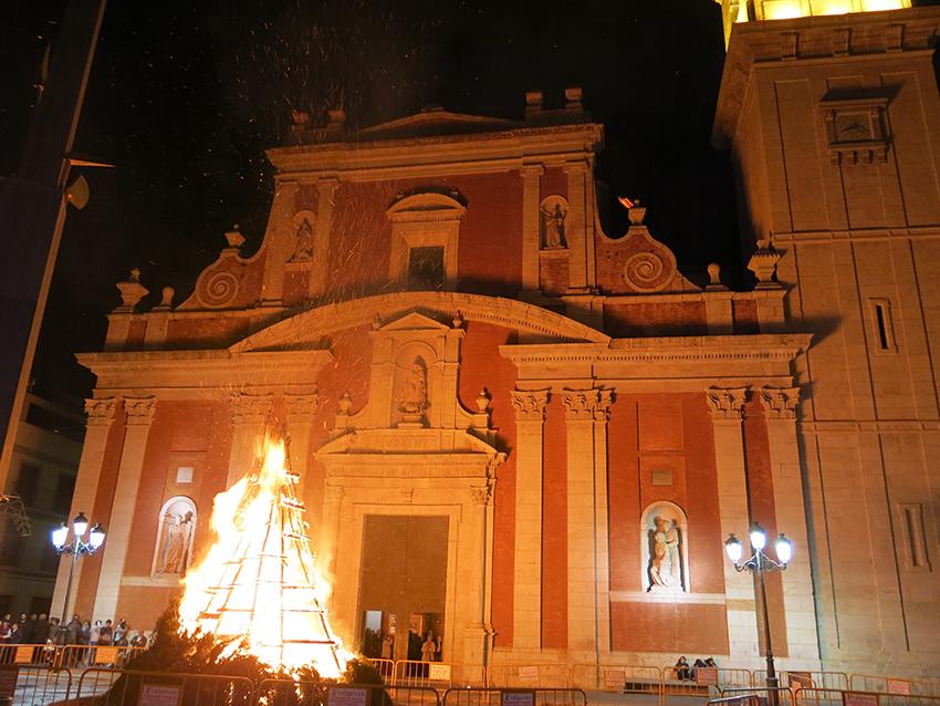 La foguera de Sant Antoni a Turis