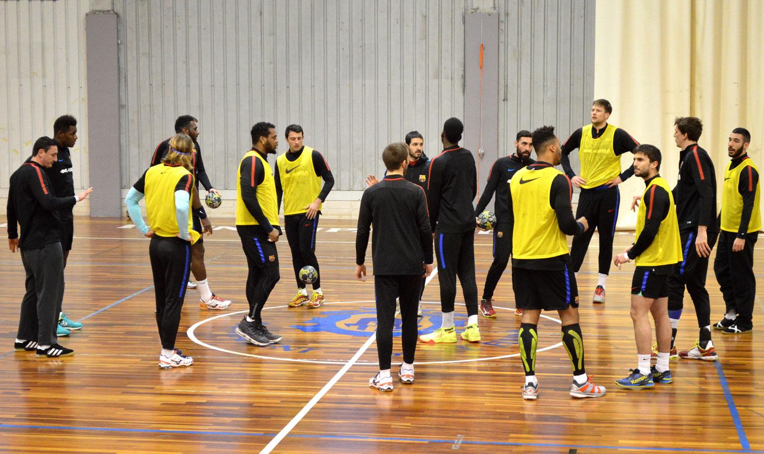 Los jugadores prepararon el partido del sábado contra el Fertiberia Puerto Sagunto.