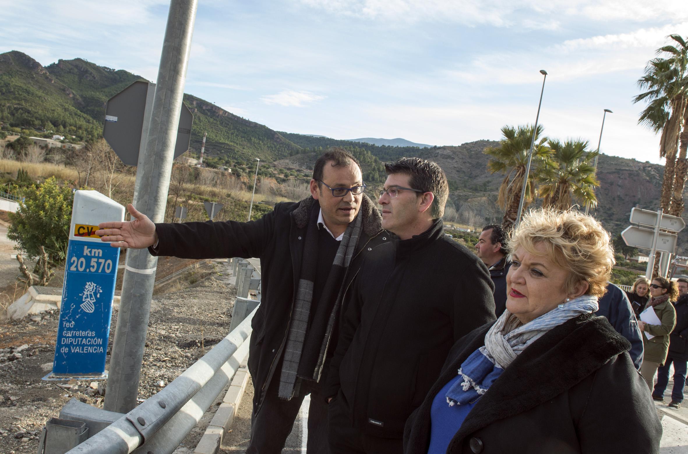 La actuación más destacada ha sido el refuerzo de la seguridad en la carretera entre Bugarra y Gestalgar, además de la regeneración de la zona del Acueducto de los Calicantos y las obras de accesibilidad.