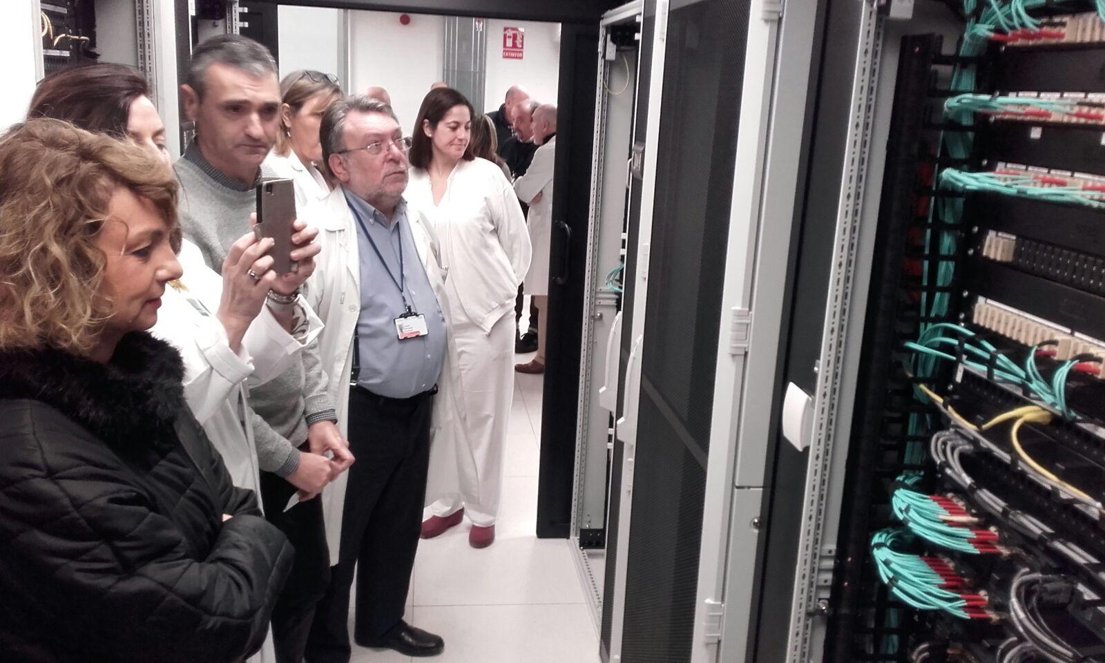 Las nuevas instalaciones supondrán un ahorro de energía de hasta un 30% gracias a la gran mejora de eficiencia energética mediante el diseño de pasillos fríos y refrigeración.