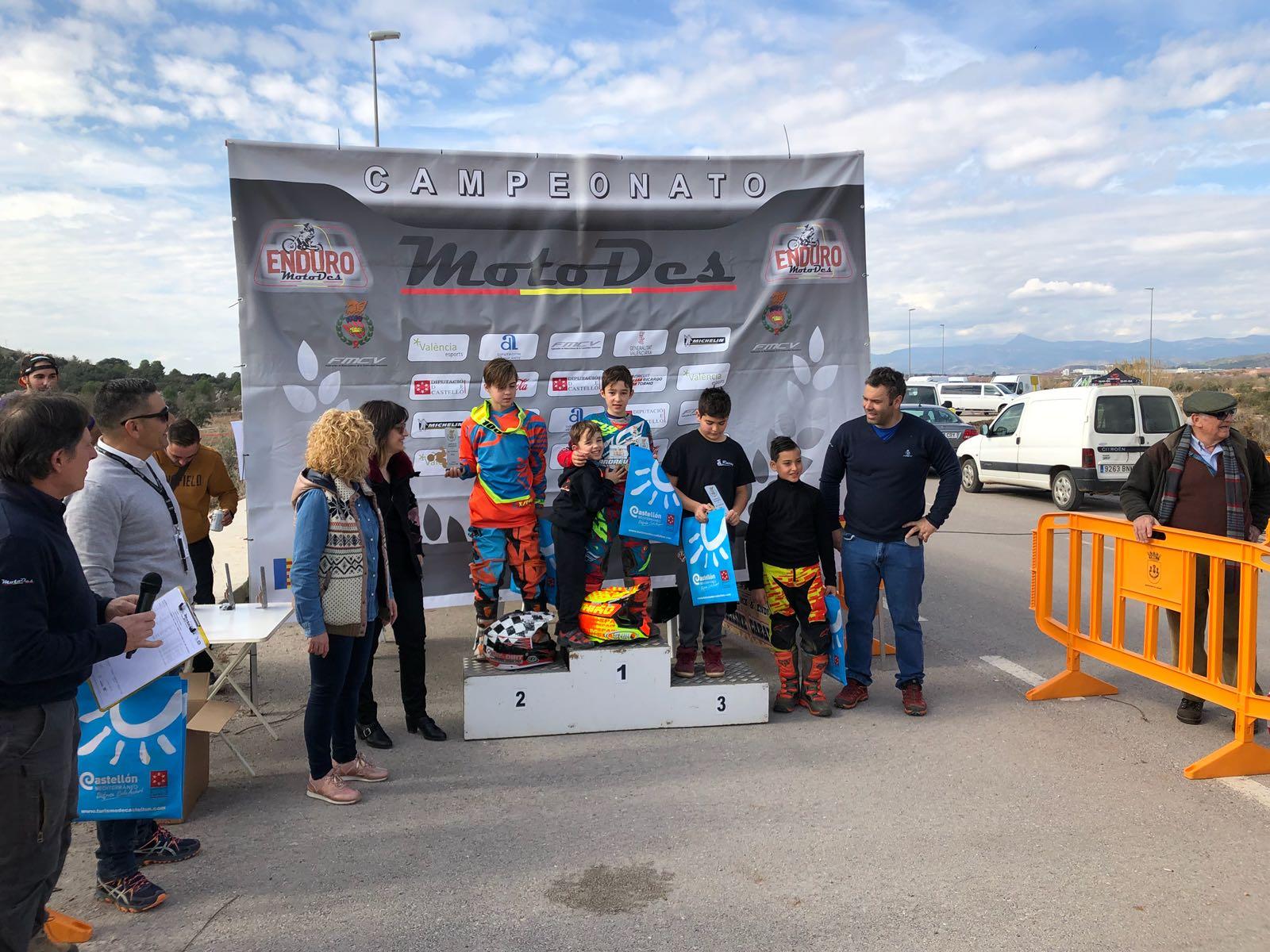 Los jóvenes pilotos del Moto Club Buñol han iniciado la temporada con buenas expectativas. Foto: Elio Zanón.