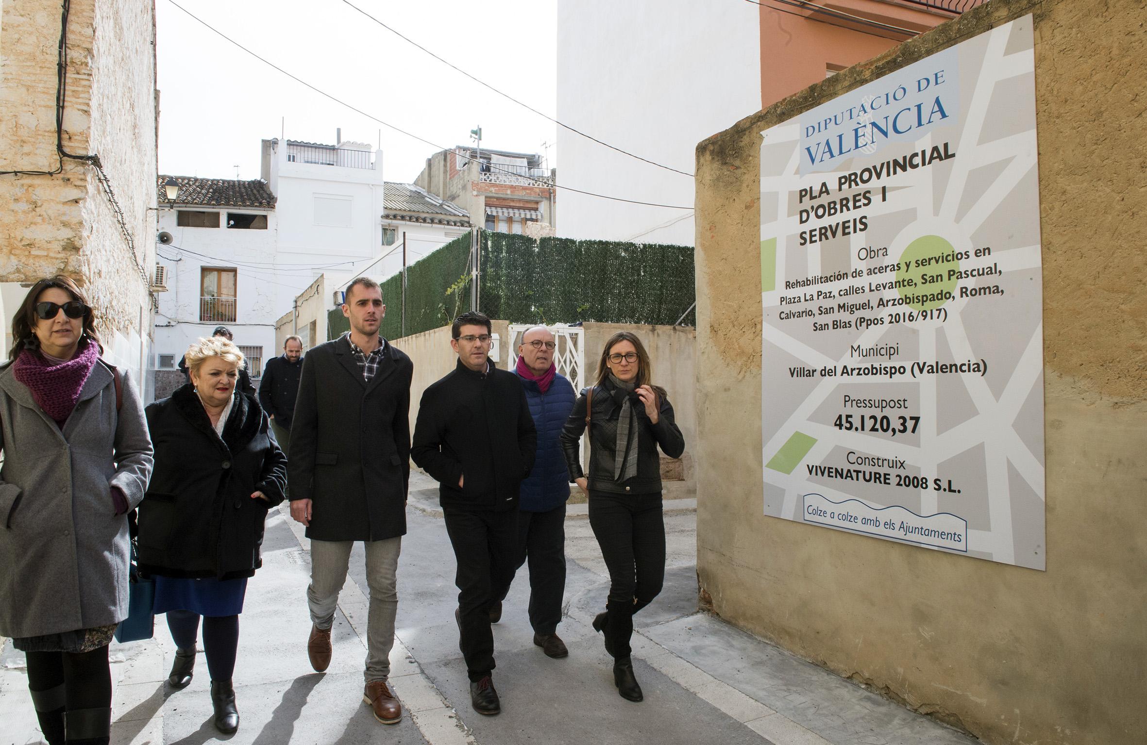 Jorge Rodríguez durante su visita a Villar del Arzobispo.