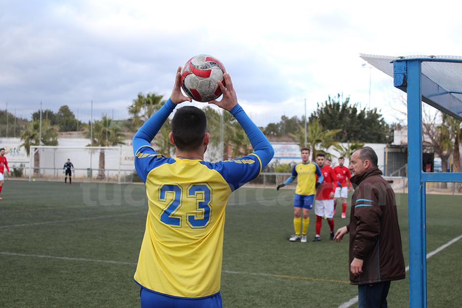 El CD Turís ha logrado un meritorio punto contra el líder, el Aldaia. Foto: RAúl Miralles.