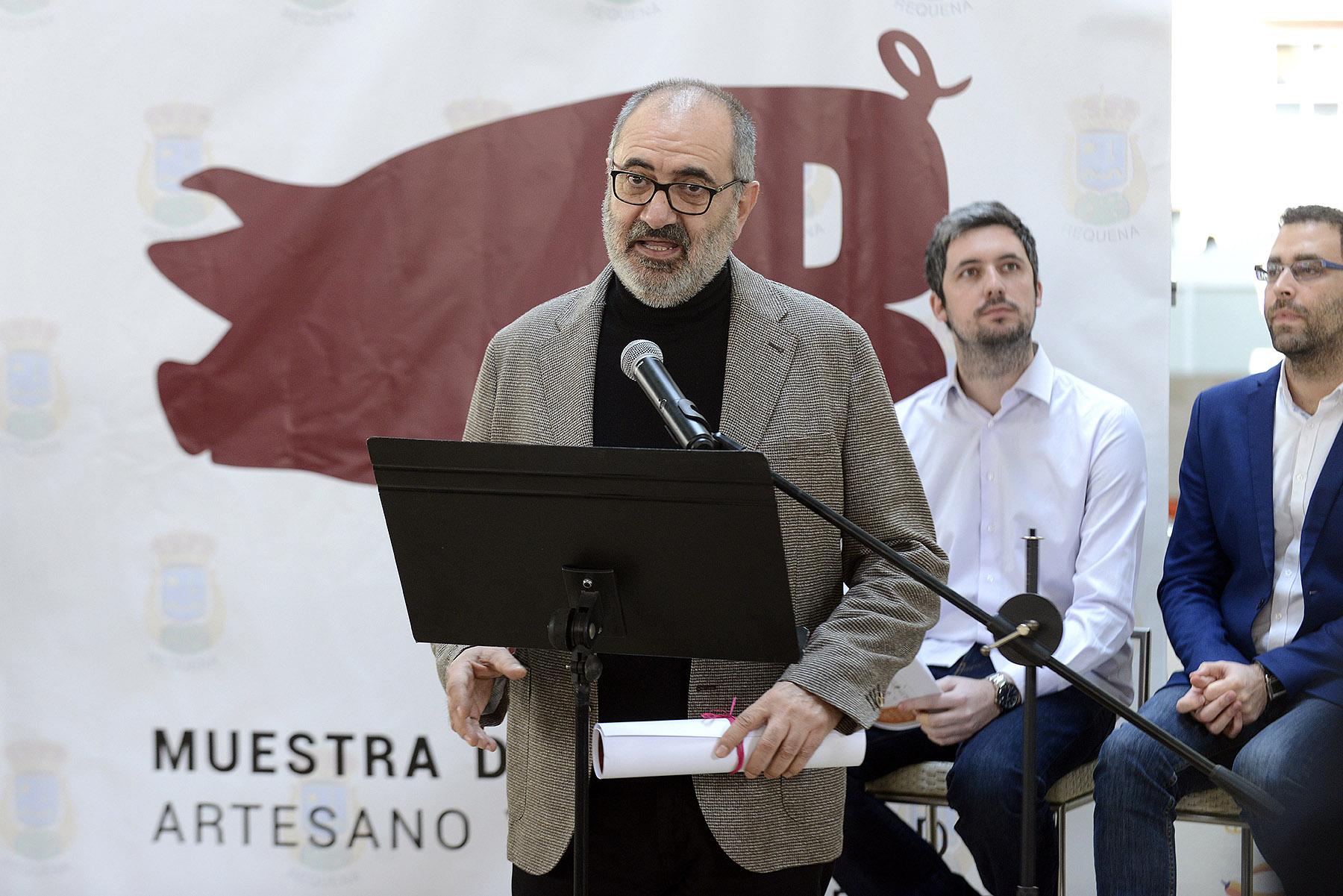 el actor Joaquín Climent, natural de Requena, que este año ha sido nombrado Maestro Carnicero, título que compartirá con Mario Sánchez, alcalde de Requena, también nombrado Maestro Carnicero de esta edición.